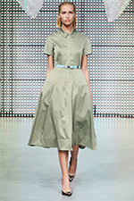 Fashion-Shows-Green-Dress