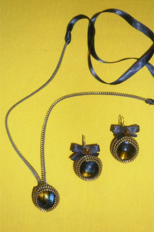 Canelle-Design-Necklace-and-Earrings